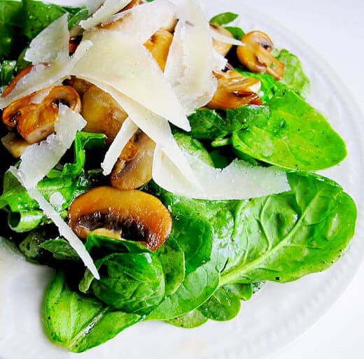 Spinach, mushrooms and parmesan salad