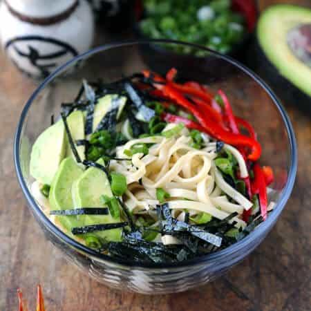 avocado-egg-noodles450