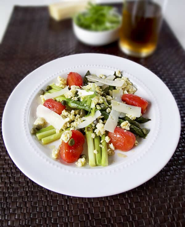 Roasted asparagus, tomatoes and egg salad