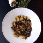 Honey-glazed cipollini onions (Thomas Keller)