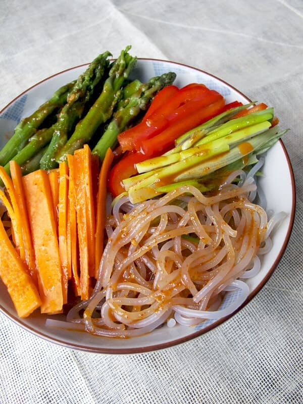 Spicy chilled Korean noodles with vegetables