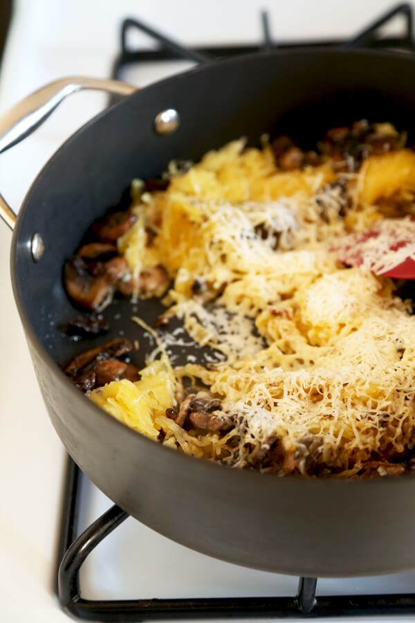 Easy Recipe for spaghetti squash with mushrooms and parmesan. | pickledplum.com
