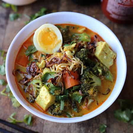 Vegetable Curry Noodles (Thai recipe)