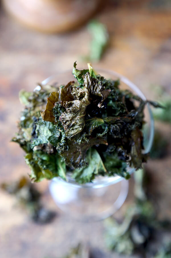 kale-chips-glass