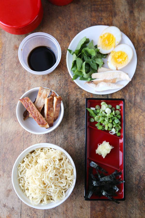 ramen-cup-ingredients