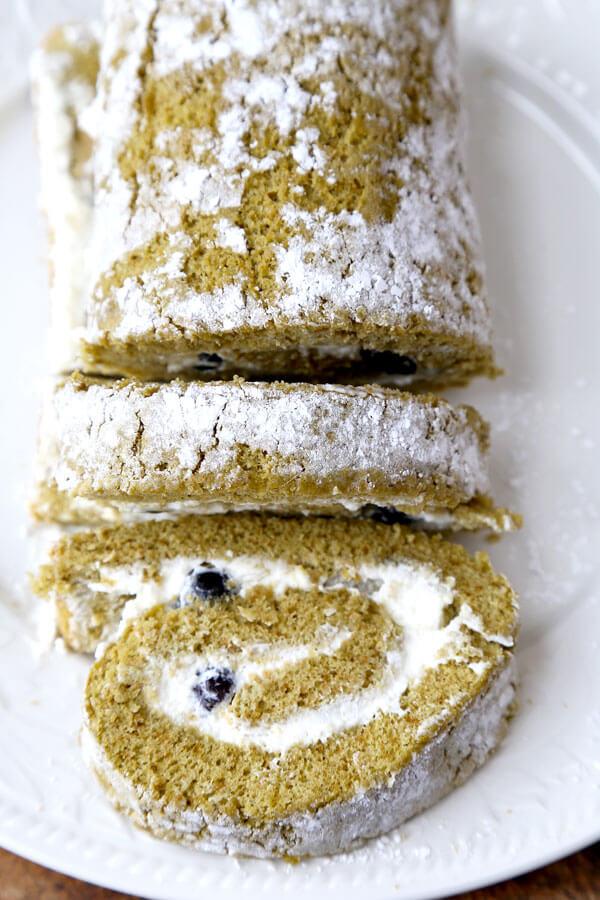 matcha-roll-cakeOPTM