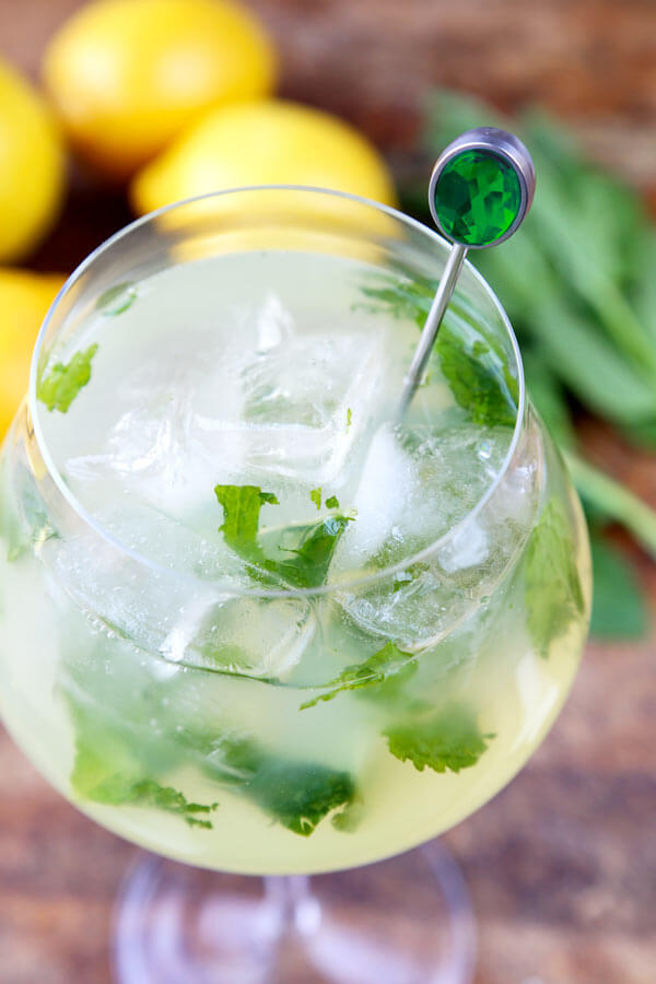 Mint Lemonade Recipe (Low Sugar) - Pickled Plum Food And Drinks