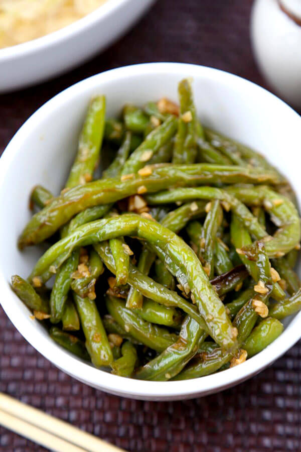 Dry-Fried Green Beans with Garlic Sauce - Pickled Plum ...