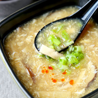 hot-and-sour-soup-320