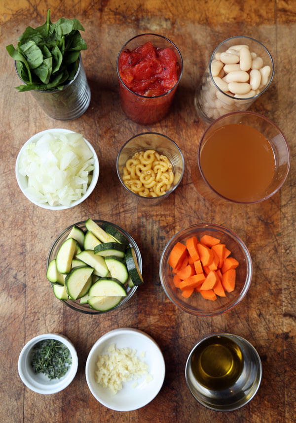 tuscan-soup-ingredients