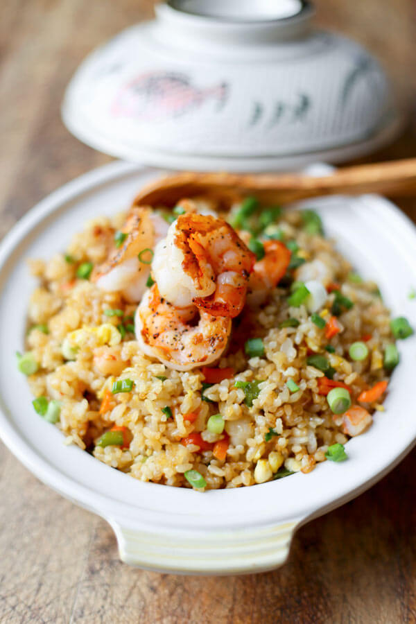 Easy shrimp fried rice recipe - Ready in less than 15 minutes and with delicately sweet, savory and briny flavors. This beats takeout any day! Simple, Healthy | pickledplum.com