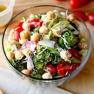broccoli-and-chickpea-salad-320