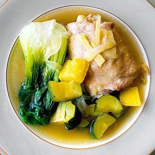 Chicken Tinola Recipe (Tinolang Manok)