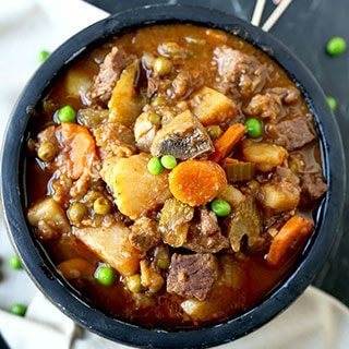 Slow Cooker Beef Stew (Video)
