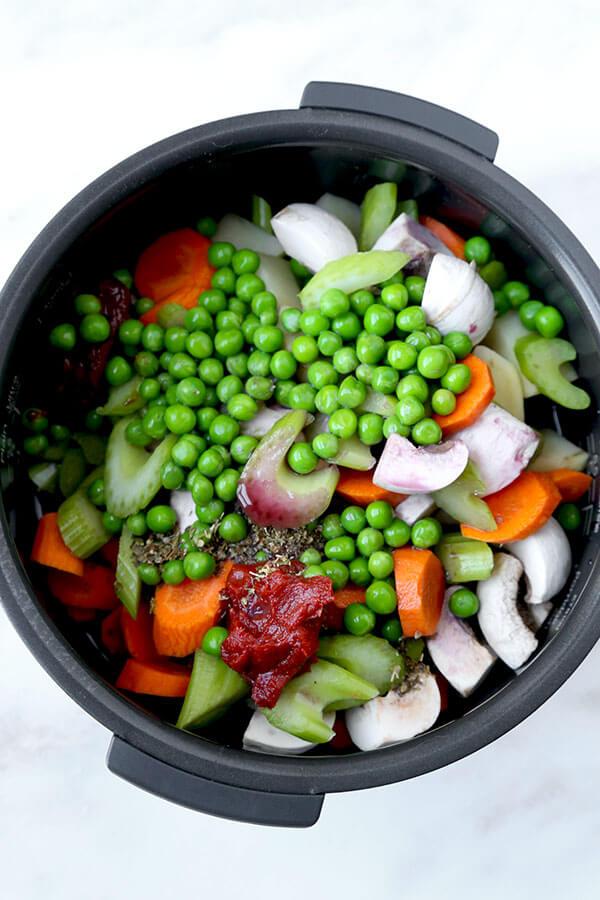 vegetables-in-slow-cooker
