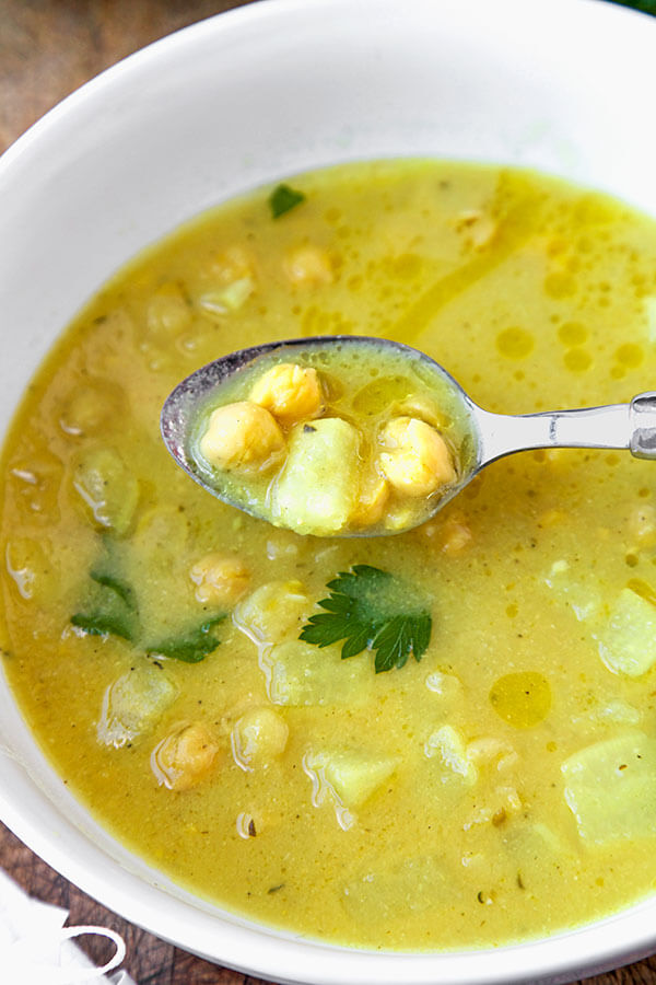 chickpea-parsnip-soup-optm