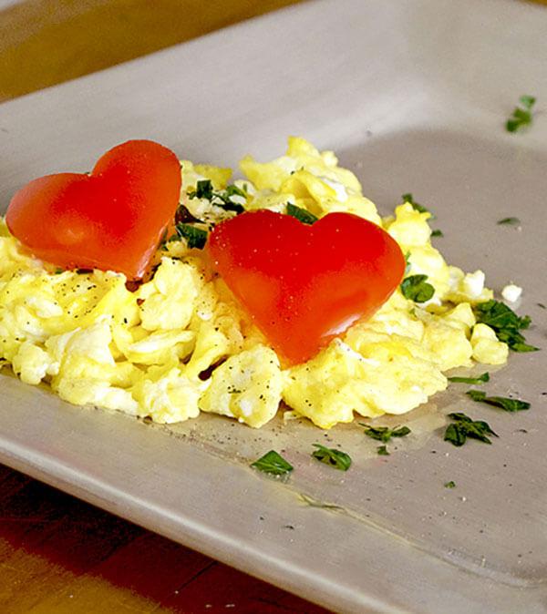 valentine-scrambled-eggs-optm