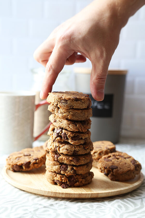Vegan Chocolate Chip Cookies - These crispy vegan chocolate chip cookies are seriously addictive. Made with coconut instead of butter and packed with vegan chocolate chips, they taste like the real thing! Ready, get set, bake! Recipe, cookies, vegan, dessert, snack, chocolate, dairy free, vegetarian   pickledplum.com