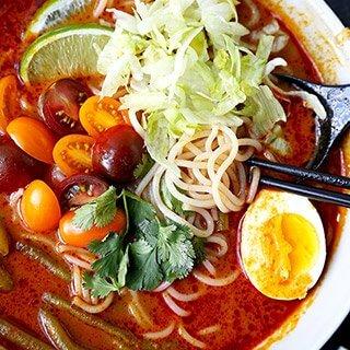 Vegetarian Laksa (Easy Recipe!)