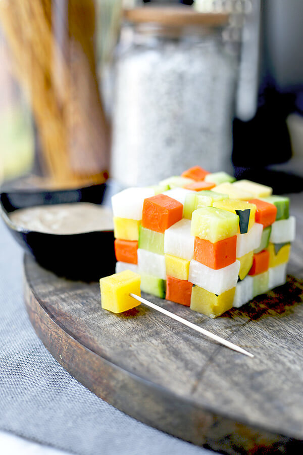 Japanese Bagna Cauda - Offer a fun and creative way to eat veggies! This an easyJapanese style bagna càuda that doesn't require any heat or fondue sticks. Stacking the cubed vegetables in the shape of a Rubik's cube is a sure way to impress anyone who's coming to dinner tonight! Ready in 18 minutes from start to finish. Healthy vegetable recipes, vegetable dip recipe, healthy Italian appetizers, vegetable recipe ideas | pickledplum.com