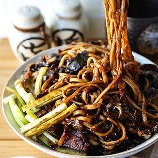 Vegan Jajangmyeon (Korean noodles with black bean sauce)