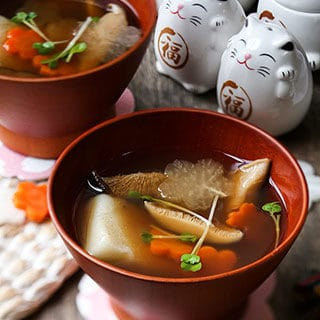 Ozoni – Japanese New Year Mochi Soup お雑煮