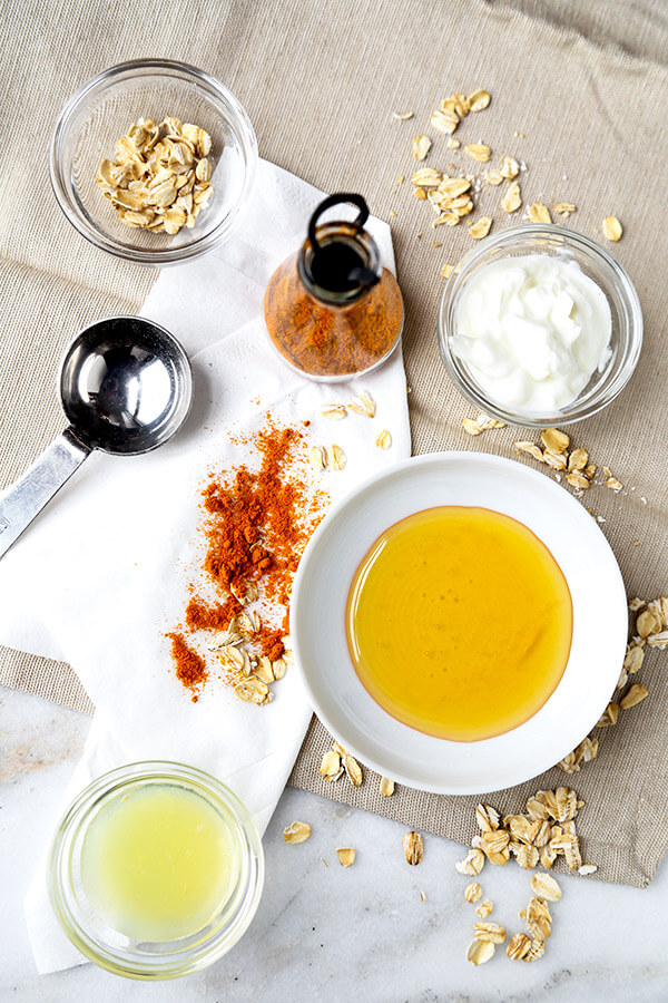 Here are 2 quick turmeric tea recipes and a turmeric face mask to keep you looking and feeling healthy this winter!