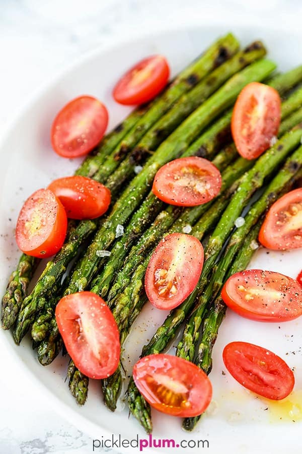 How To Cook Asparagus - Find out how to cook asparagus in the oven, on the stove, in a pan, skillet, on the grill, steamed, air fryer and in the microwave! Make healthy and easy meal by choosing your favorite cooking method, whether you want soft or crunchy asparagus! #asparagus #howtocook #healthyeating #cookingtips | pickledplum.com