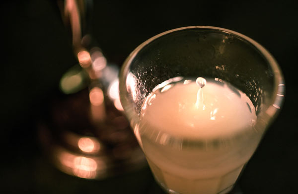 All About Absinthe - 10 facts and myths. Learn all about absinthe, and how a once celebrated spirit went from banned substance to reborn. Exquisite flavor - and makes a great gift! #drinks #cocktail #absinthe | pickledplum.com
